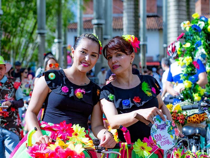 the-bicycle-at-the-flower-fair-medellin-travel