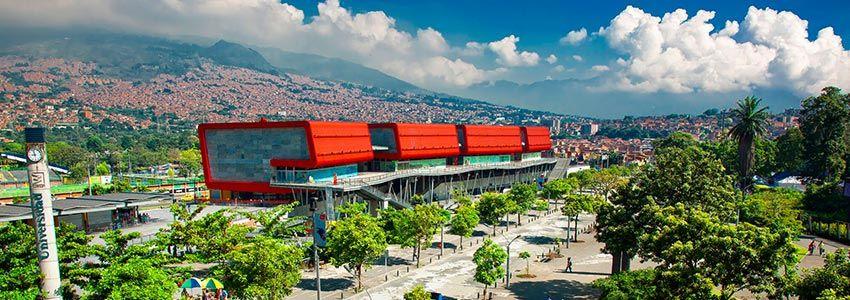 ciudades-aprendizaje-medellin-travel